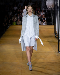 Burberry Spring_Summer 2020 Collection - Look 20