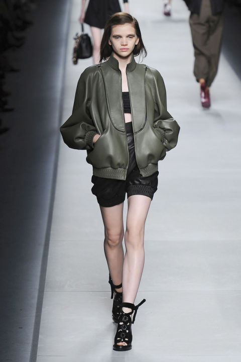 hbz-ss2016-trends-bombers-08-fendi-rs16-0467