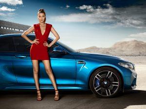Gigi-Hadid-BMW-M2-4
