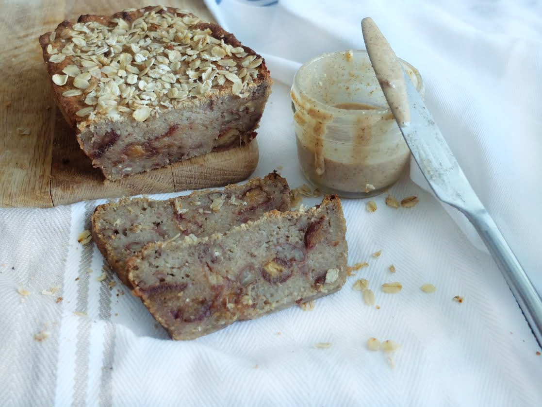 Date-and-pecan-banana-loaf