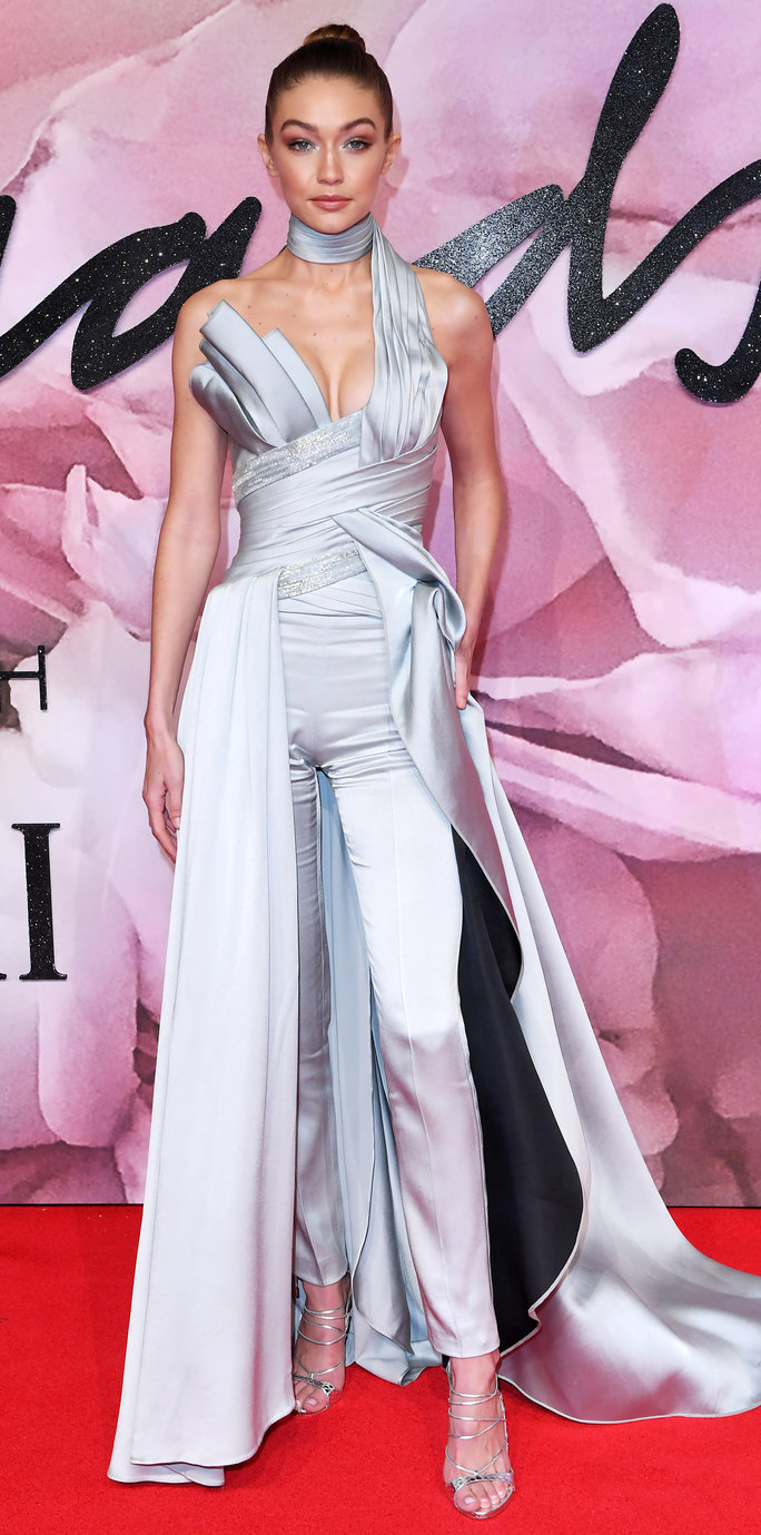 Mandatory Credit: Photo by David Fisher/REX/Shutterstock (7546643dl) Gigi Hadid The Fashion Awards 2016, Arrivals, Royal Albert Hall, London, UK - 05 Dec 2016