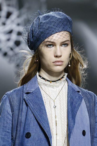 AEWORLD.COM beret trend pfw dior ss18