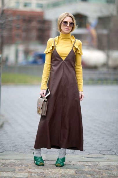 roll-neck-turtle-neck-trend-street-style-aeworld.com-uae-dubai-fashion-5