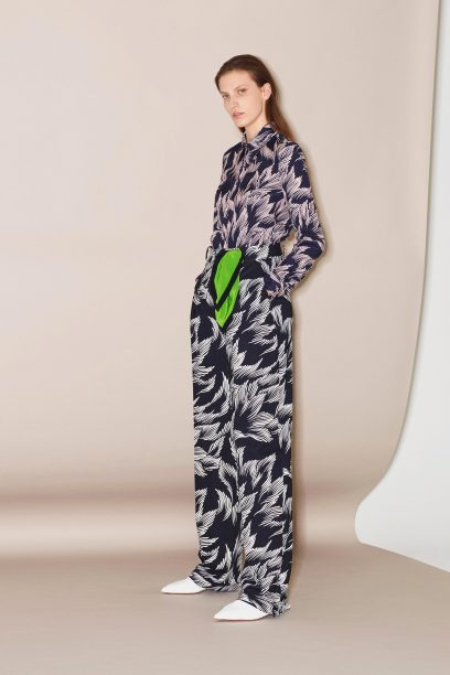 04-Victoria-by-Victoria-Beckham-Pre-Fall-18