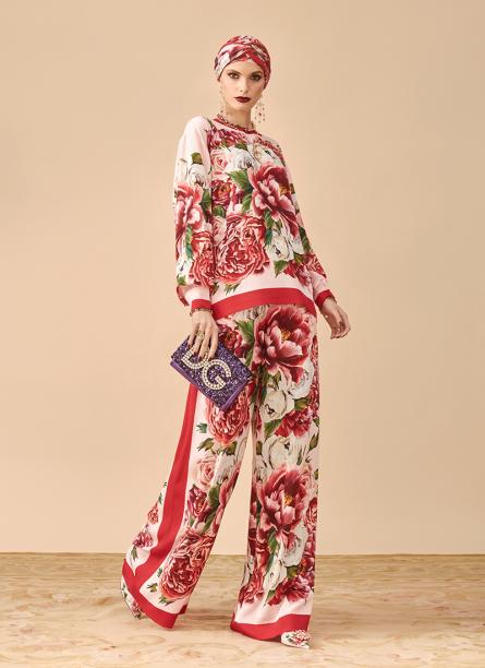 Dolce&Gabbana_New-Abaya-Collection_Prefall18-19-(5)