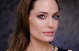 GemGeneve Angelina Jolie
