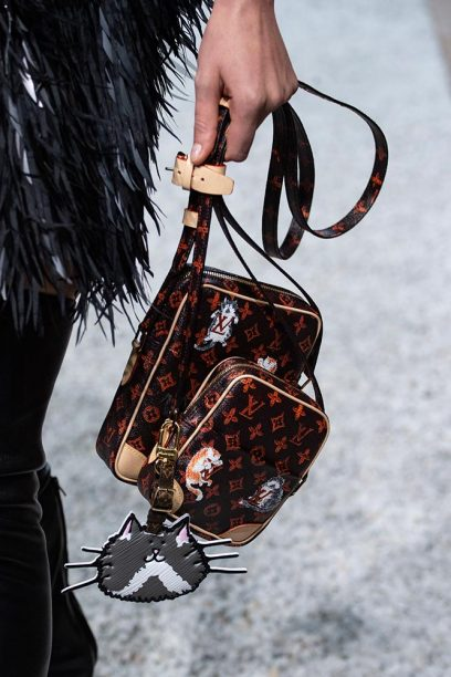 Louis-vuitton-cruise-2019-accessories-grace-2