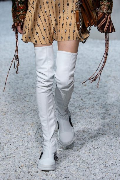 Louis-vuitton-cruise-2019-accessories-grace-3