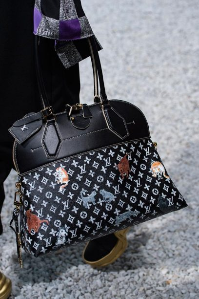 Louis-vuitton-cruise-2019-accessories-grace-5