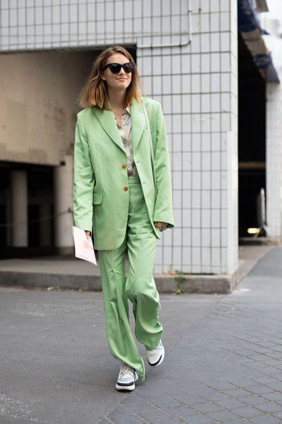 Street Style -Paris Fashion Week - Menswear Spring-Summer 2019 : Day Two
