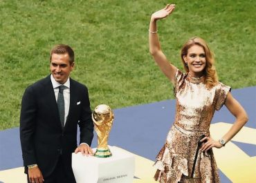 Natalia Vodianova world cup louis vuitton