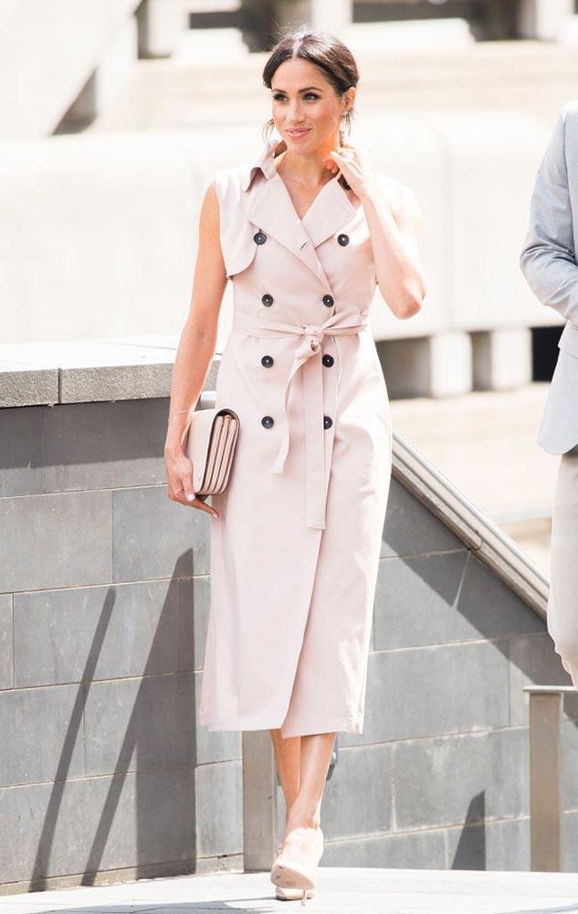meghan markle london nonie nelson mandela trench coat dress dior mulberry