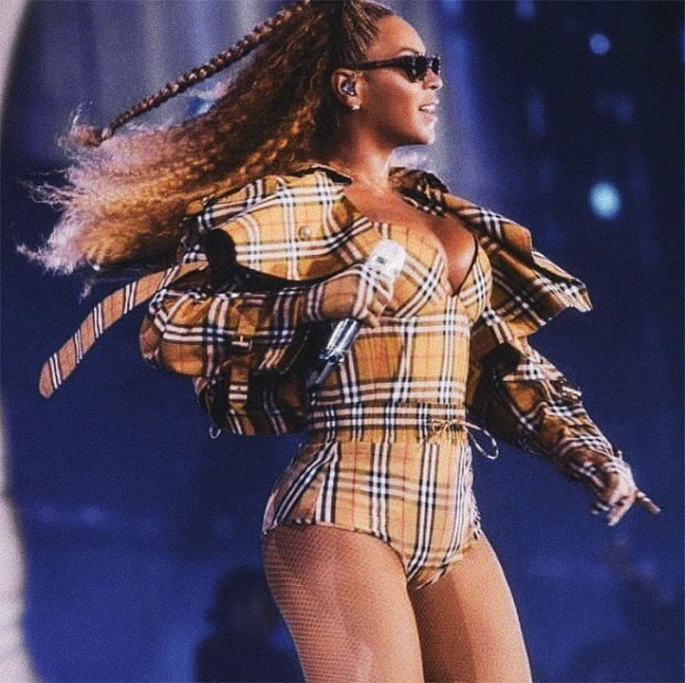 Beyoncé burberry