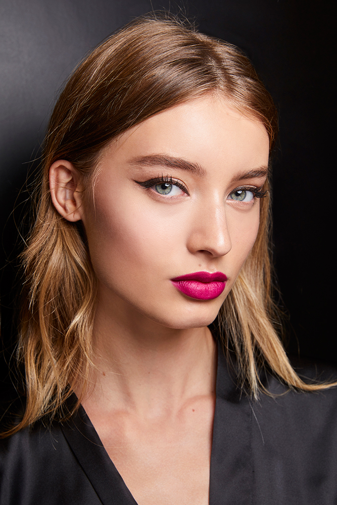 922e78dfbf4af Recreate Dolce   Gabbana SS19 Beauty Look For Tonight s Show In ...