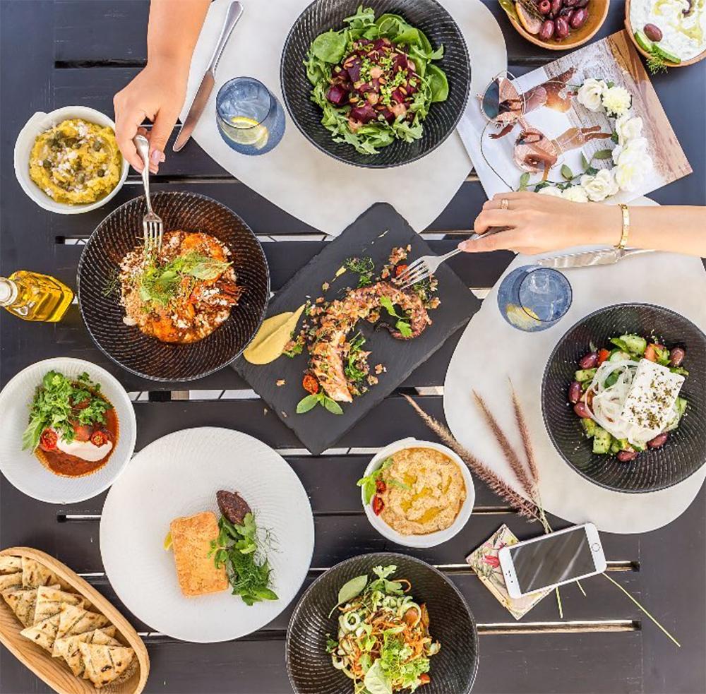 greek restaurant dubai shimmers