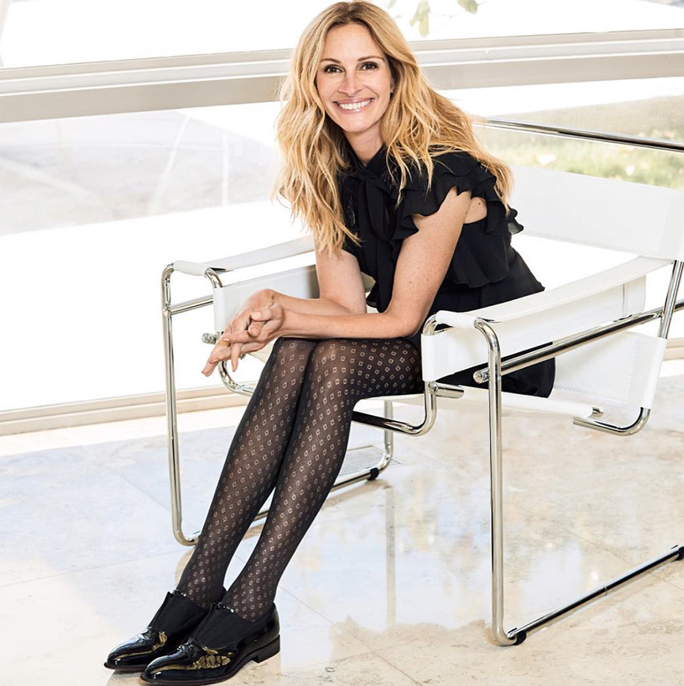 statement tights fashion trend 2018 julia roberts