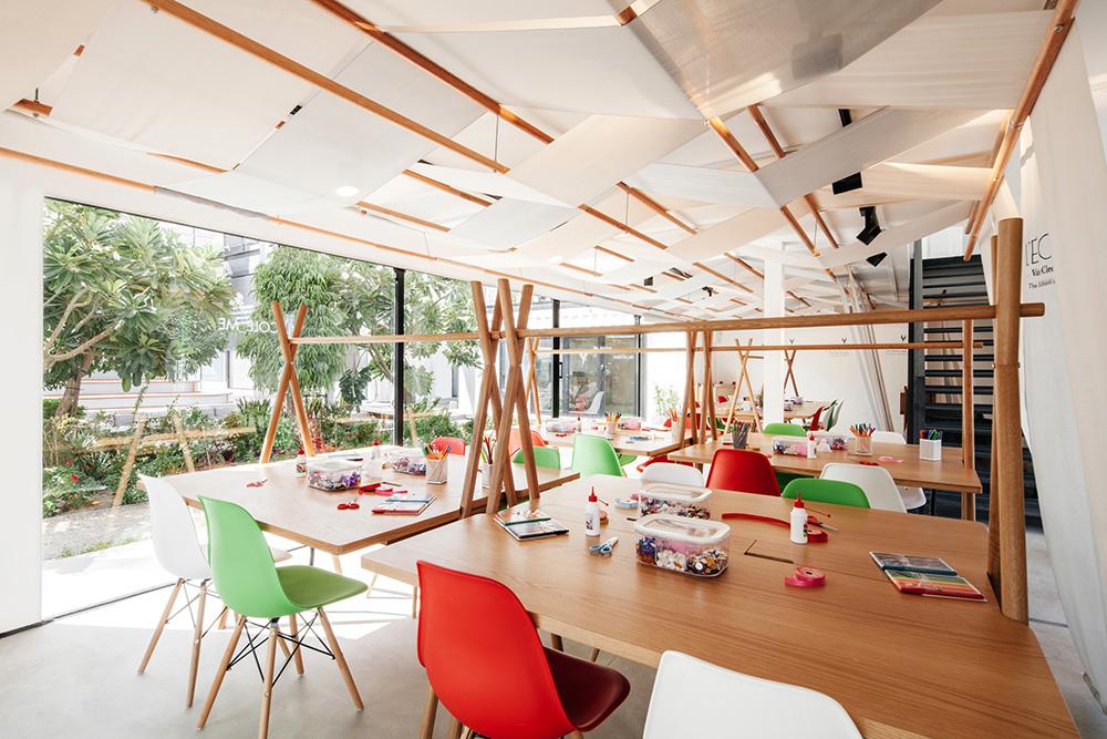 Van Cleef & Arpels L'ECOLE Dubai 2019