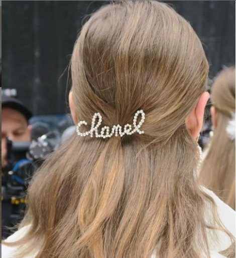 chanel aw19 hair accesories 1