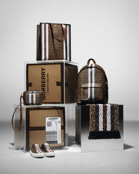 The Burberry Monogram Collection_002