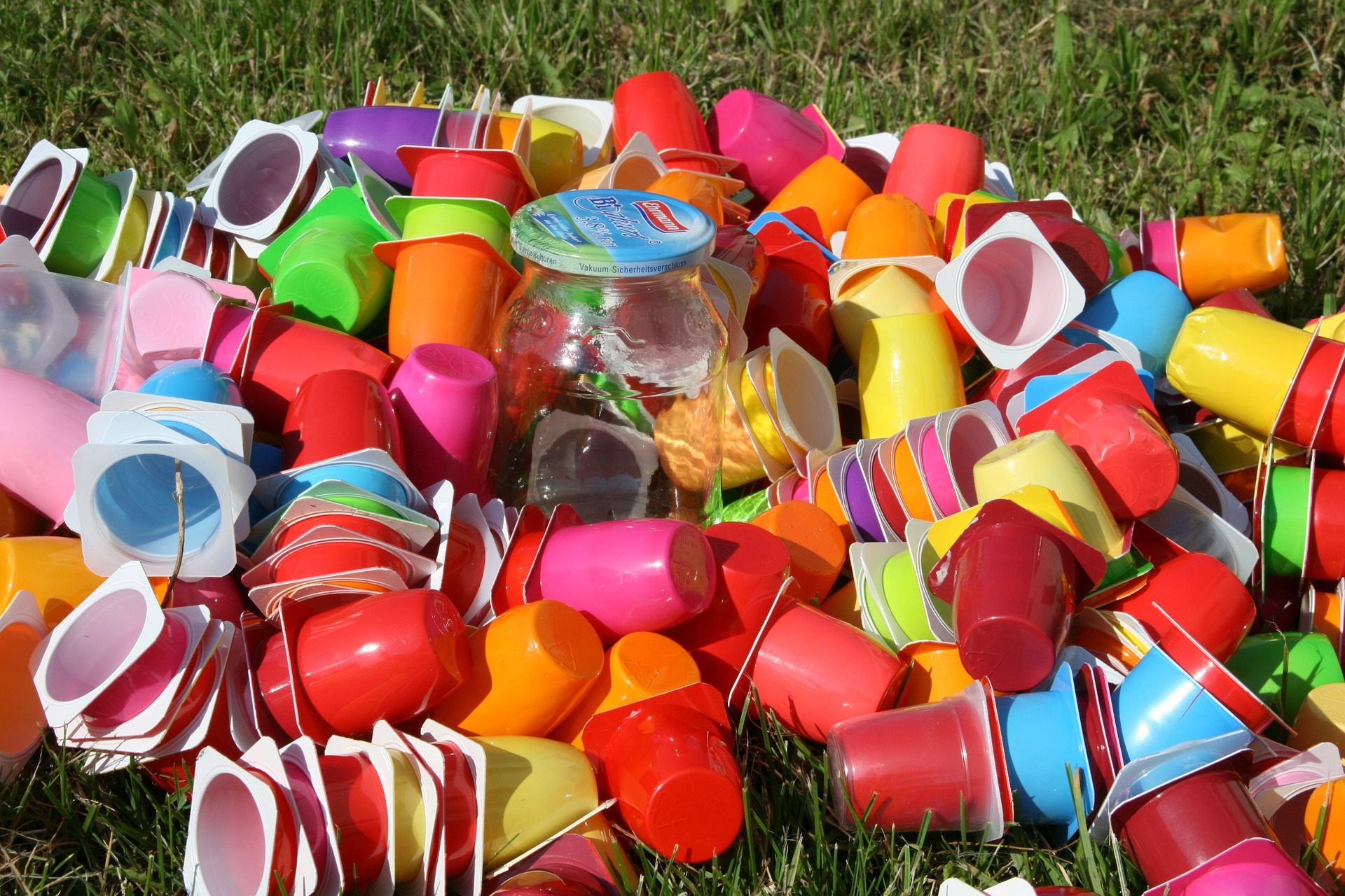 Single use plastic is an example of materials that need to be minimised in everyday life