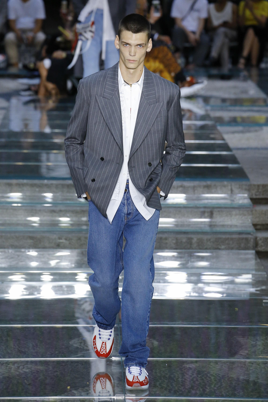 Versace bring back dad jeans