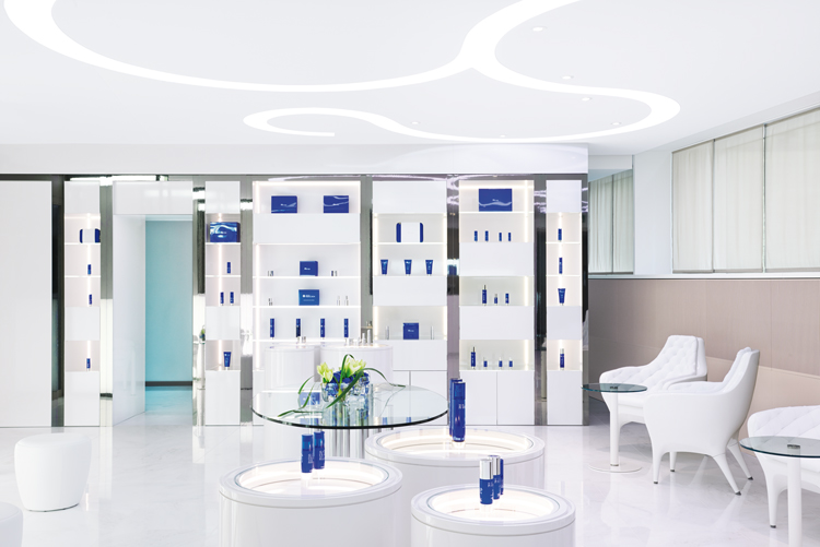Spa Lounge Clinique La Prairie Clinic