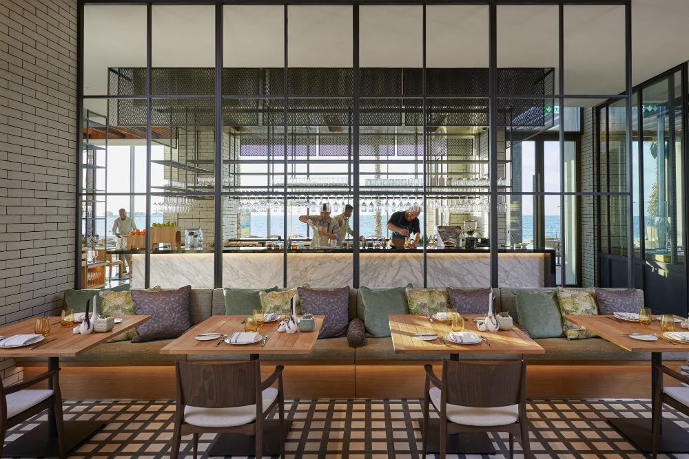 The Bay, Mandarin Oriental Jumeira, Dubai