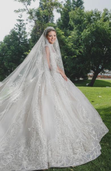 3 elie saab jr christina mourad wedding dress Bride Christina Mourad - Elie&Christina 19