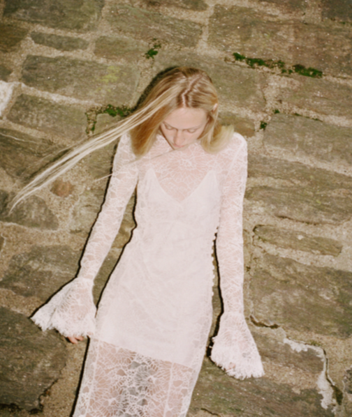 Les Reveries bridal collection has a relaxed romantic feel