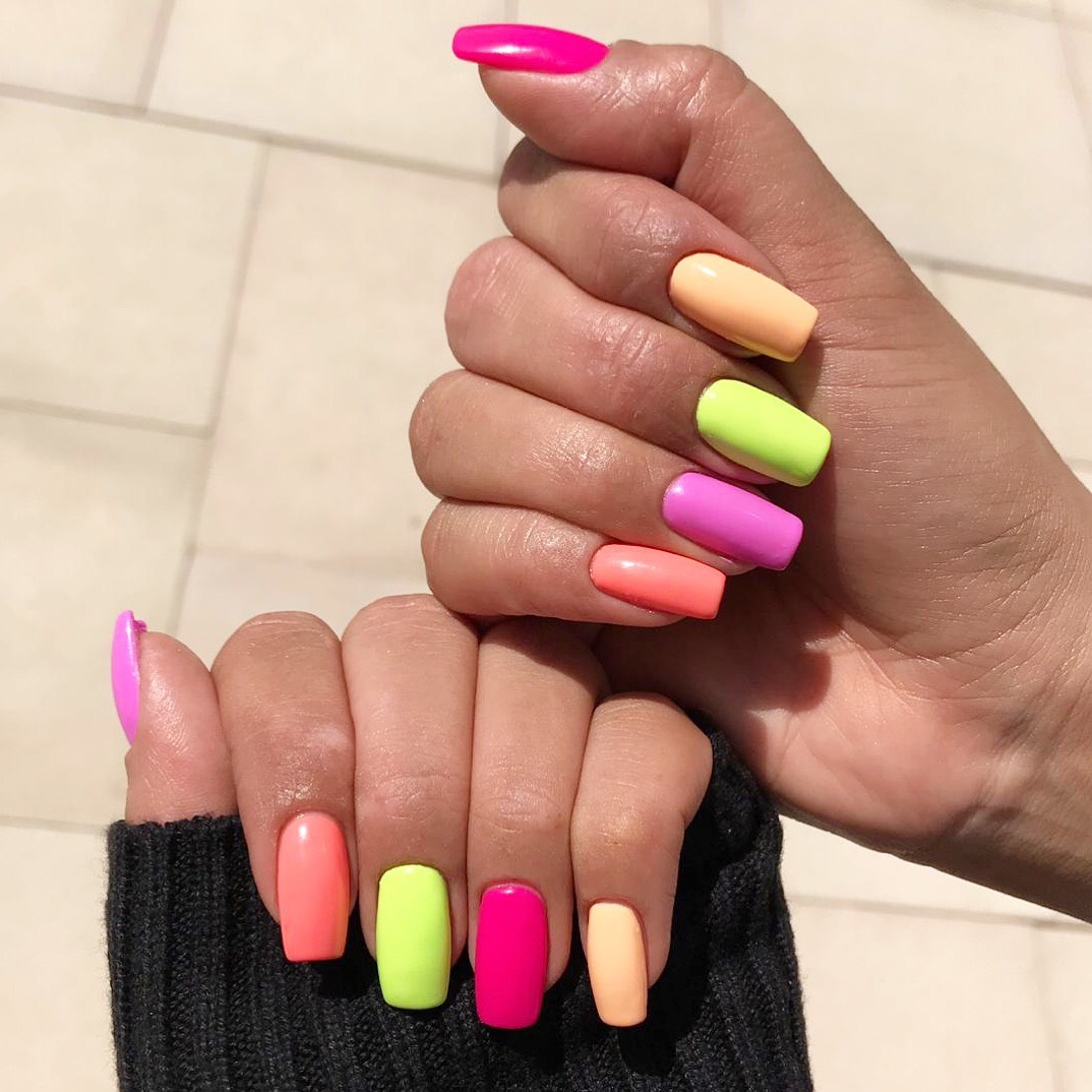 Rainbow nails have arrived