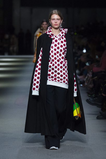 Burberry February Collection 2018 - Look 34_001