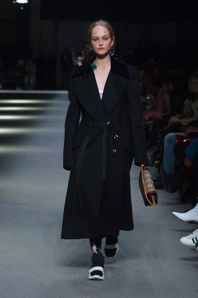 Burberry February Collection 2018 - Look 42_002