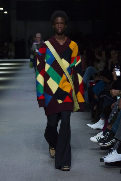 Burberry February Collection 2018 - Look 43_002
