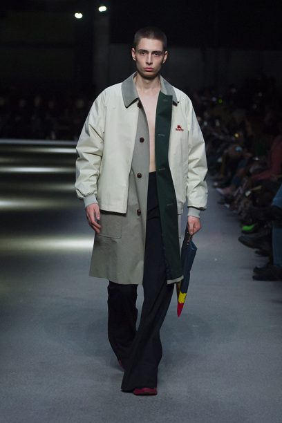 Burberry February Collection 2018 - Look 47_002