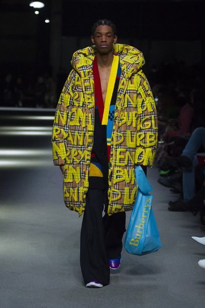 Burberry February Collection 2018 - Look 50_002