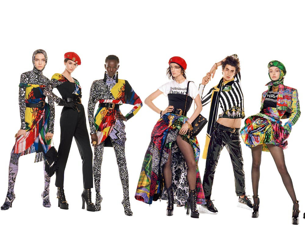 versace 54 models kaia gerber gigi hadid
