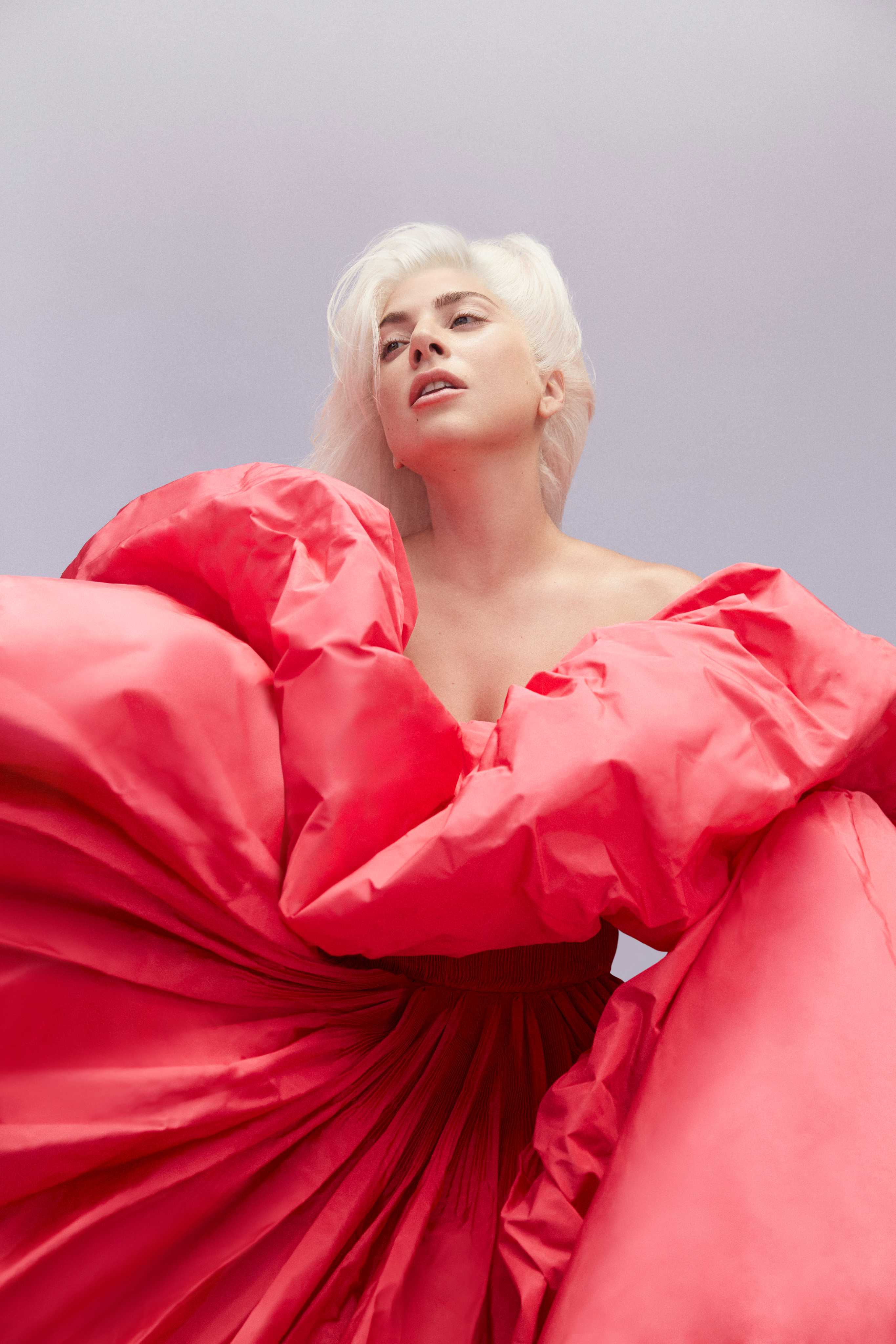 Valentino_Voce-Viva_Lady-Gaga_4-1.jpg