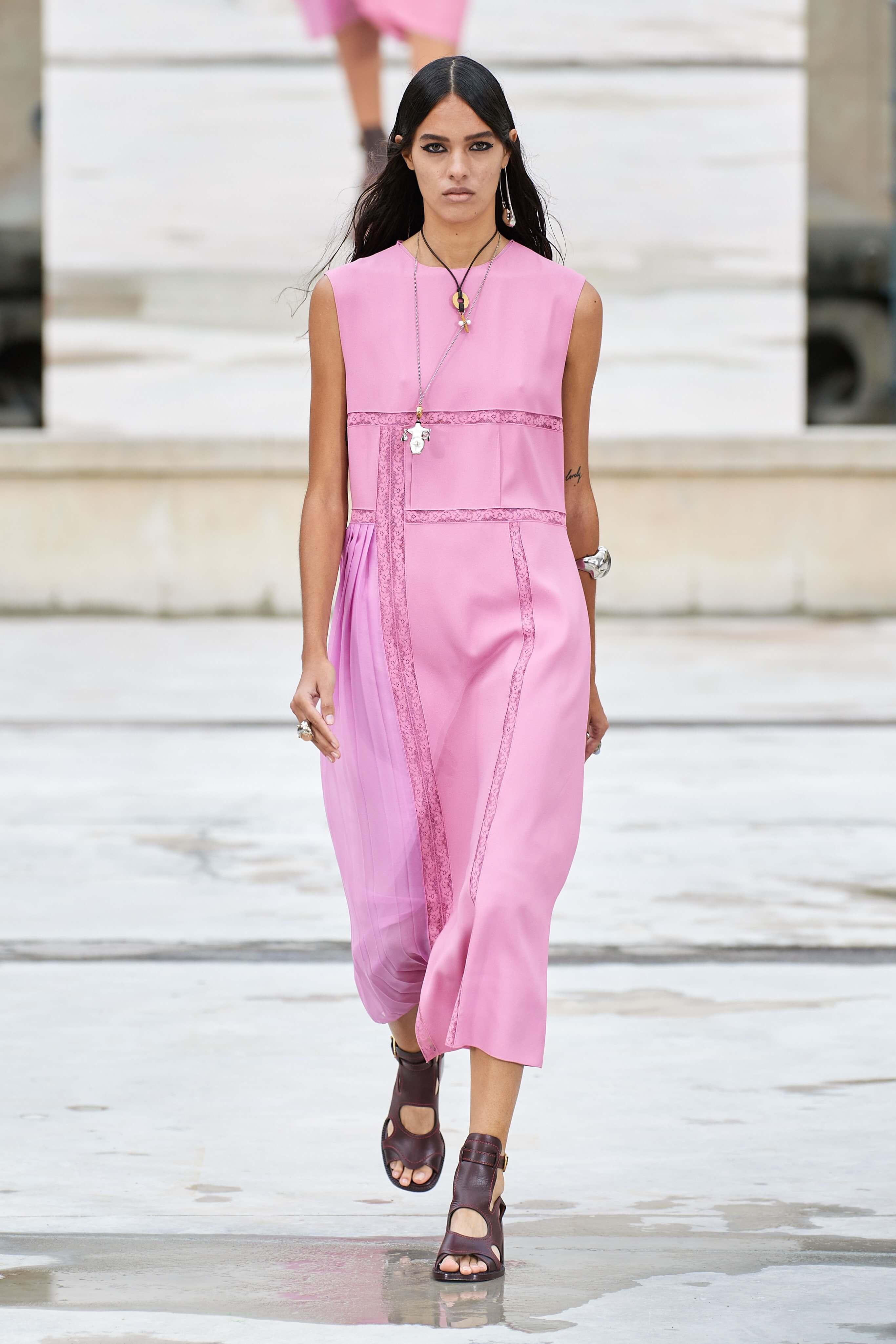 Paris Fashion Week: Chloé Spring Summer 5 - A&E Magazine